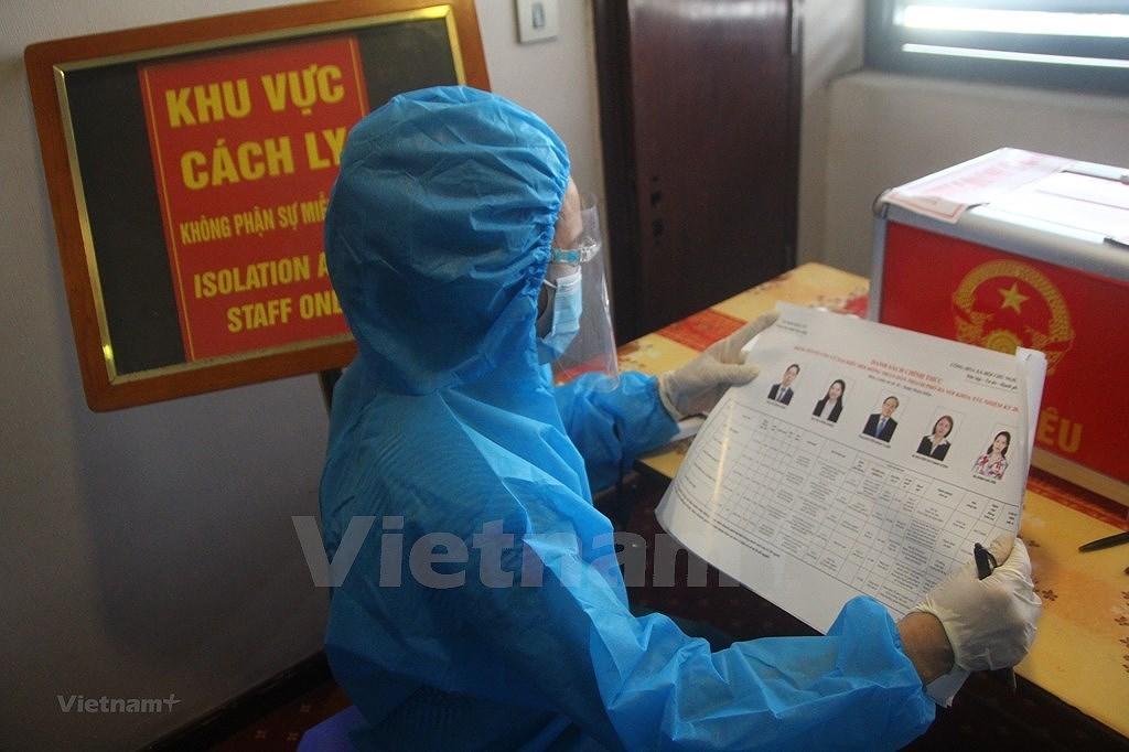 Élections législatives : une urne électorale spéciale à Hanoï