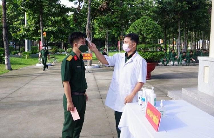 TP Ho Chi Minh: Duong pho nhon nhip tu sang som khi cu tri no nuc di bau cu hinh anh 5
