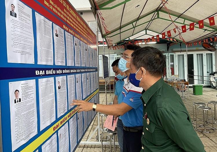 TP Ho Chi Minh: Duong pho nhon nhip tu sang som khi cu tri no nuc di bau cu hinh anh 6