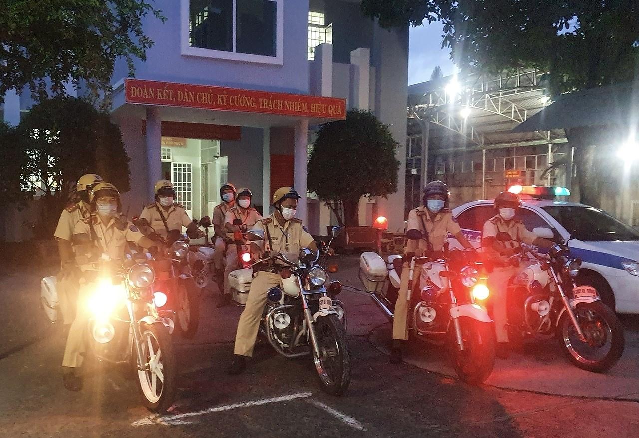 CSGT TP Ho Chi Minh ra quan dam bao an ninh trong ngay bau cu hinh anh 1