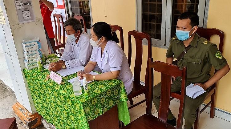 Nguoi dan xa dao duy nhat cua TP Ho Chi Minh hao huc di bau cu hinh anh 5