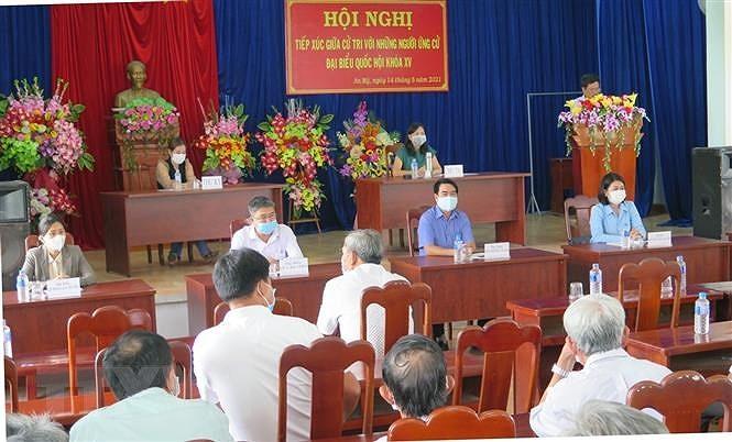 Cu tri Phu Yen danh gia cao chuong trinh hanh dong cua cac ung vien hinh anh 1