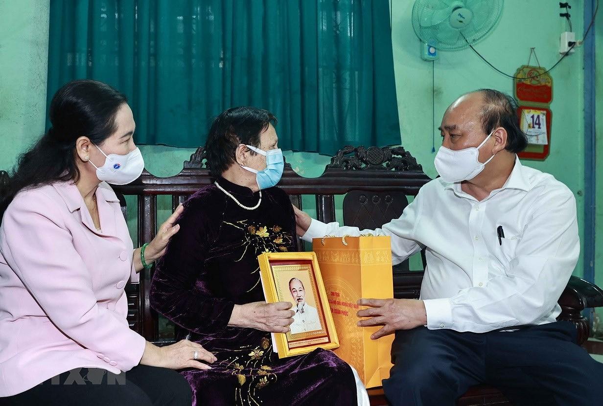 Chu tich nuoc: Thanh pho Ho Chi Minh phai la hinh mau cua ca nuoc hinh anh 2