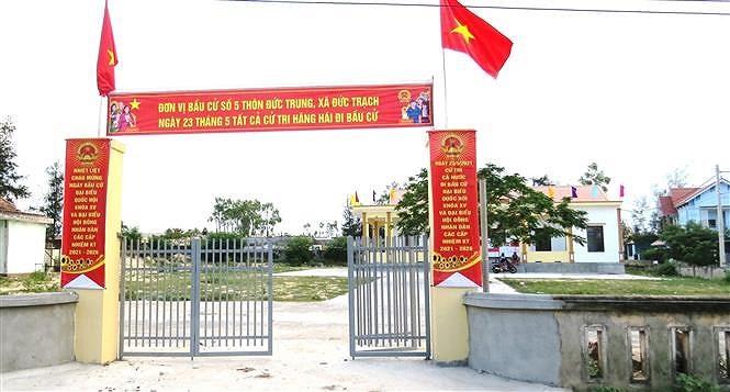 Quang Binh day manh tuyen truyen bau cu cho nguoi dan vung bien hinh anh 2