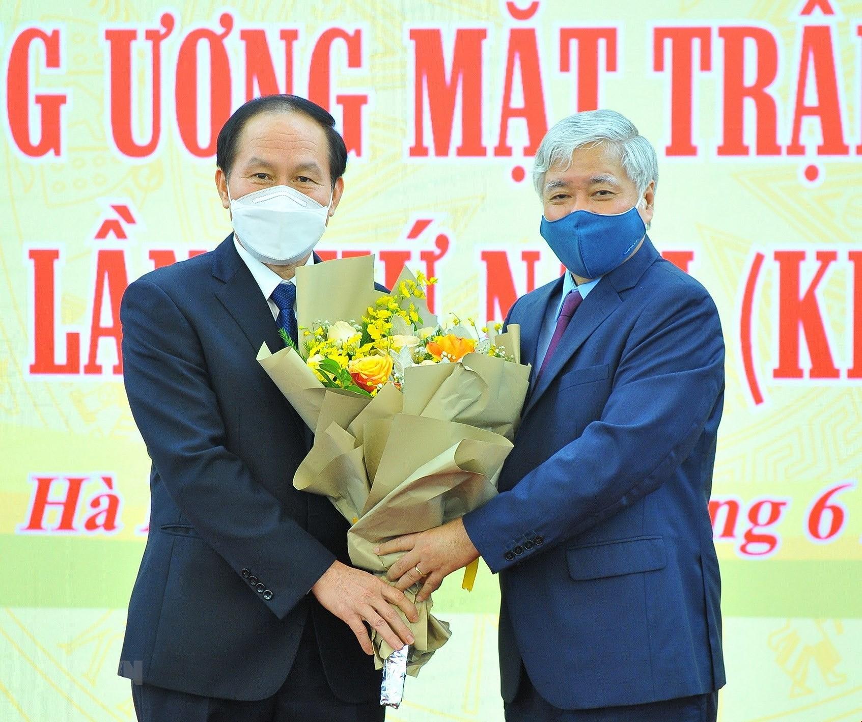 Ong Le Tien Chau giu chuc Pho Chu tich-Tong Thu ky Uy ban MTTQ hinh anh 1