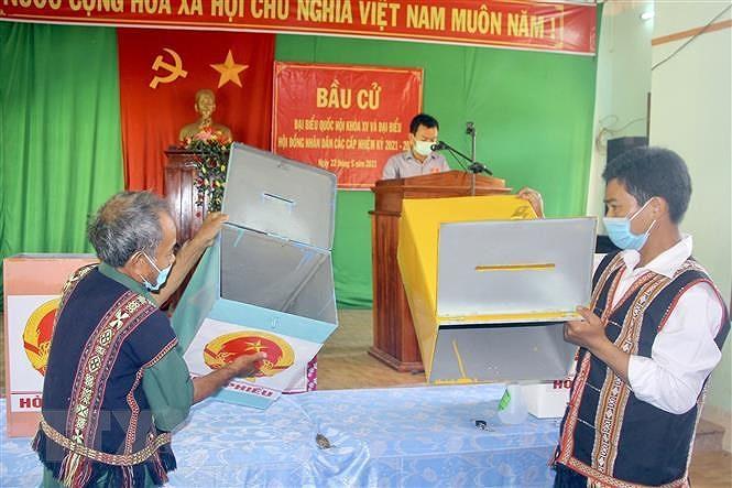 Binh Dinh: Bau cu som o 3 xa vung cao huyen Van Canh va Vinh Thanh hinh anh 2