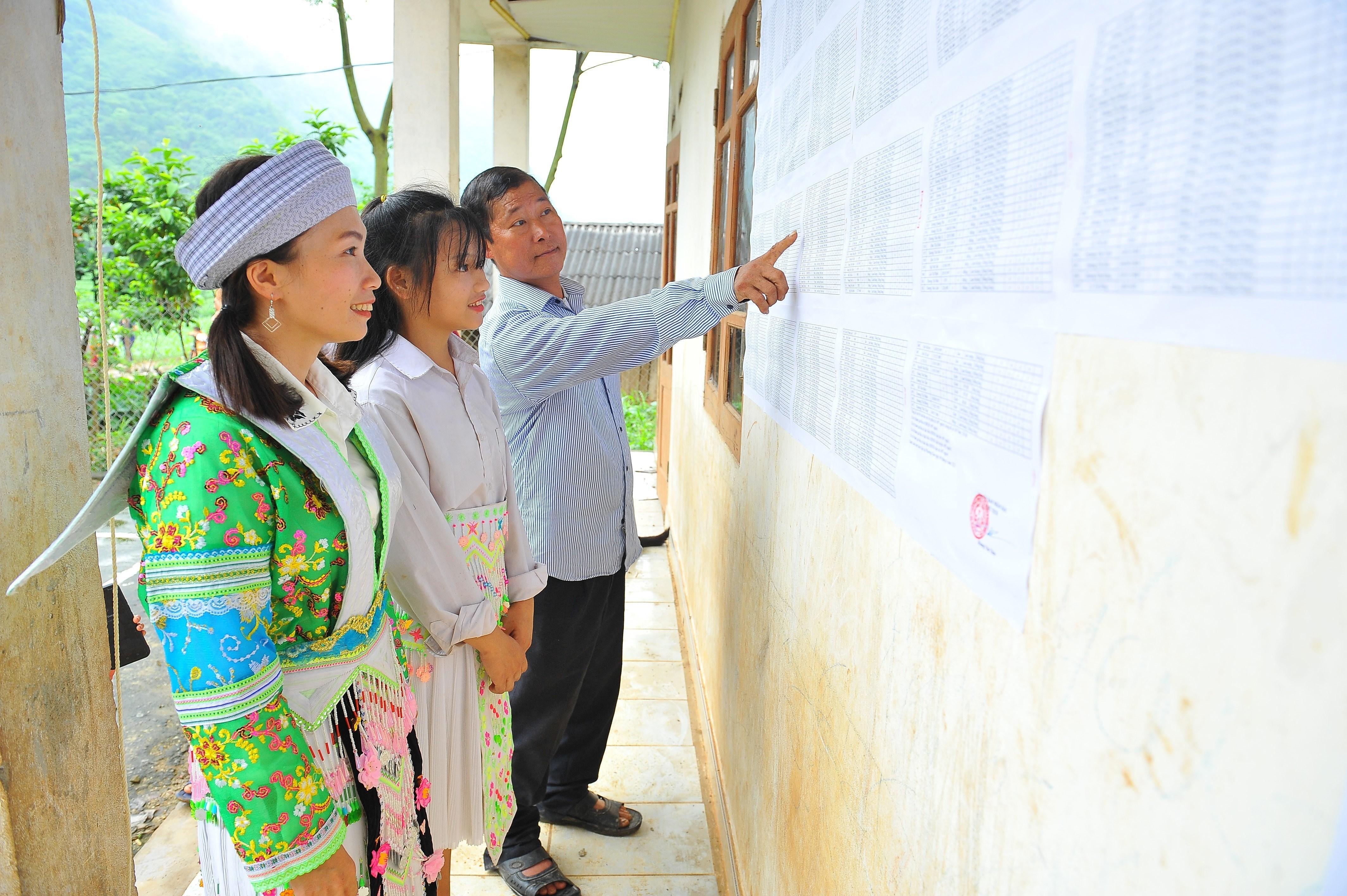 Thai Nguyen day manh tuyen truyen bau cu trong vung dong bao dan toc hinh anh 4
