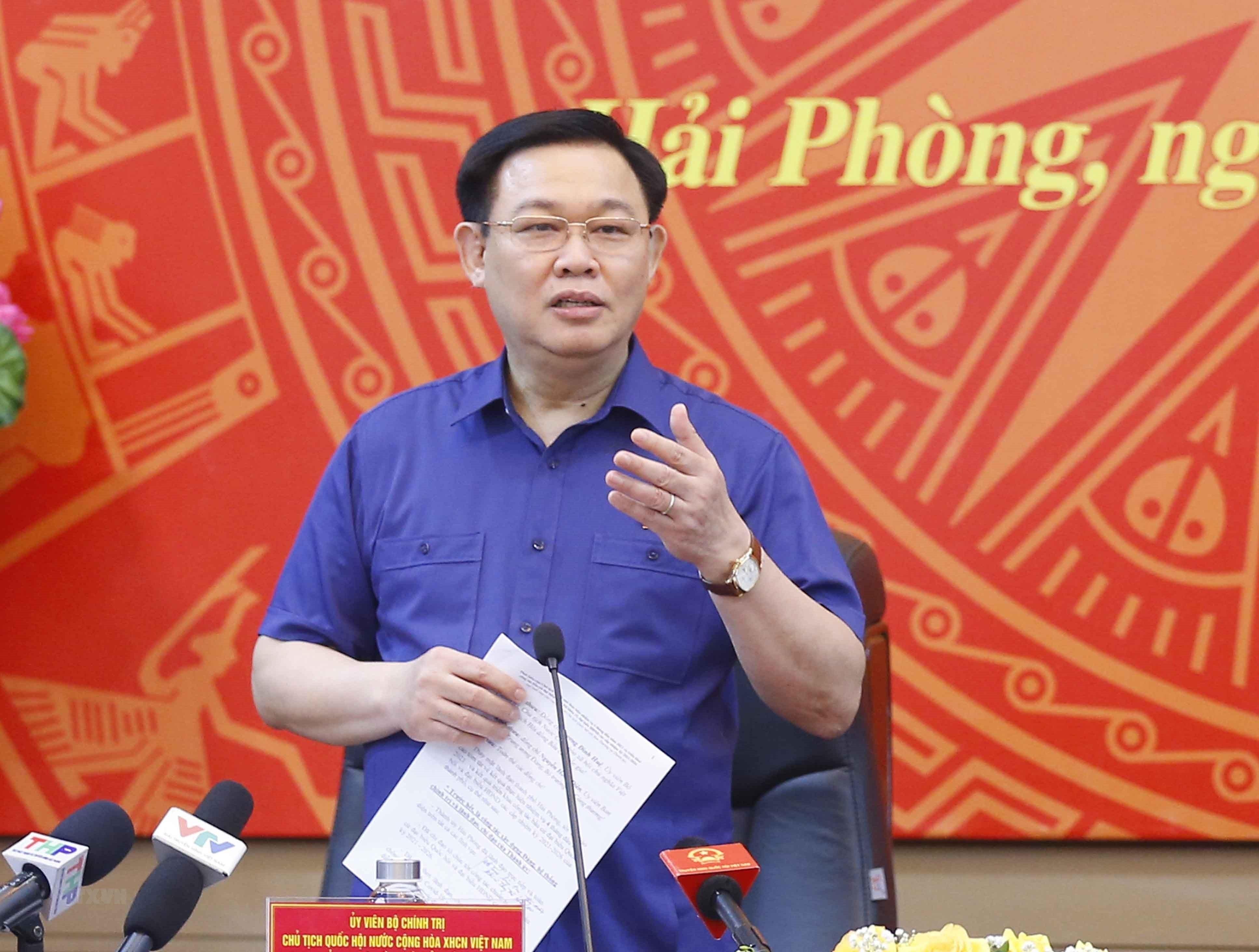Chu tich Quoc hoi lam viec voi Ban Thuong vu Thanh uy Hai Phong hinh anh 10