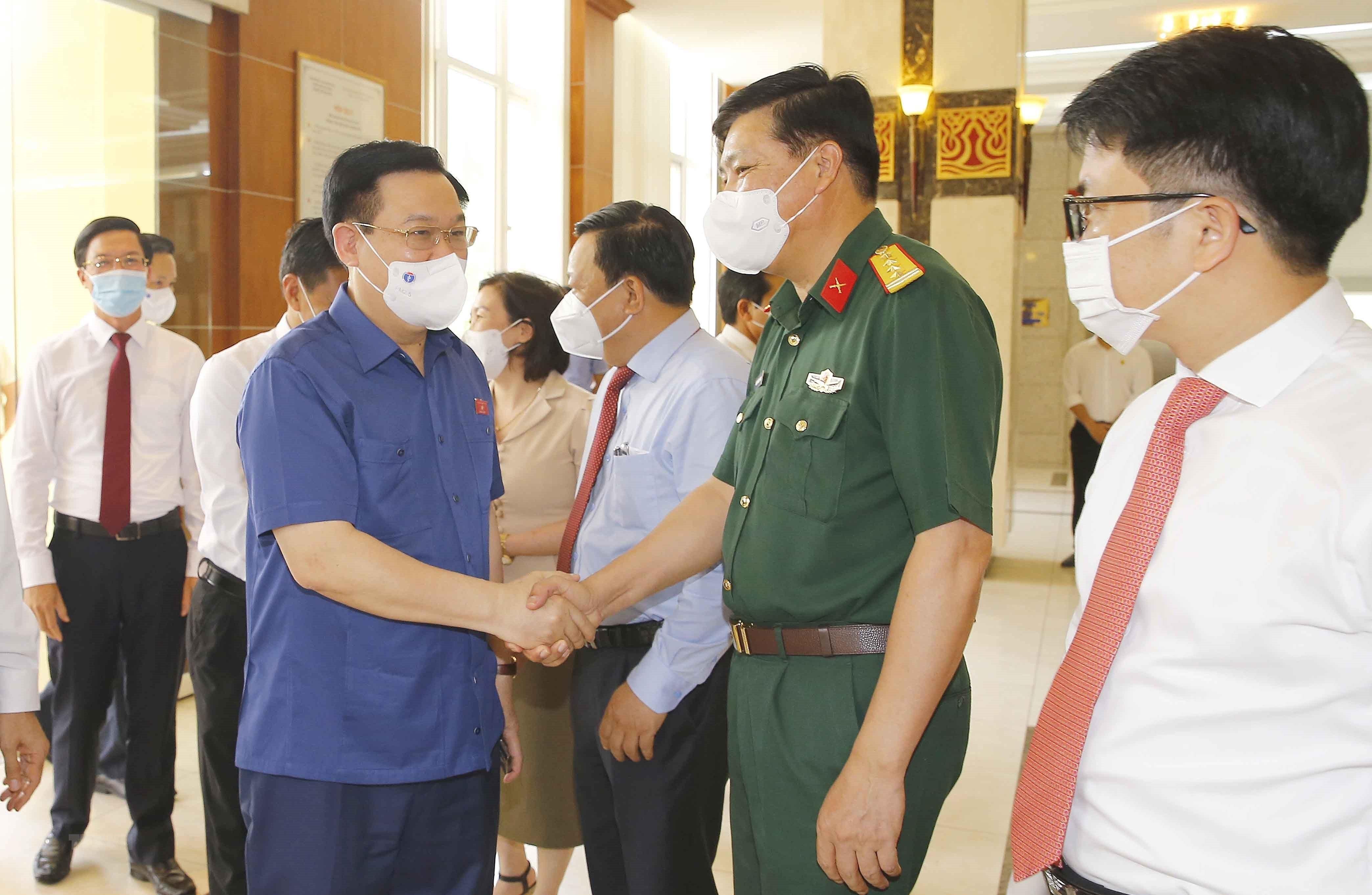 Chu tich Quoc hoi lam viec voi Ban Thuong vu Thanh uy Hai Phong hinh anh 1