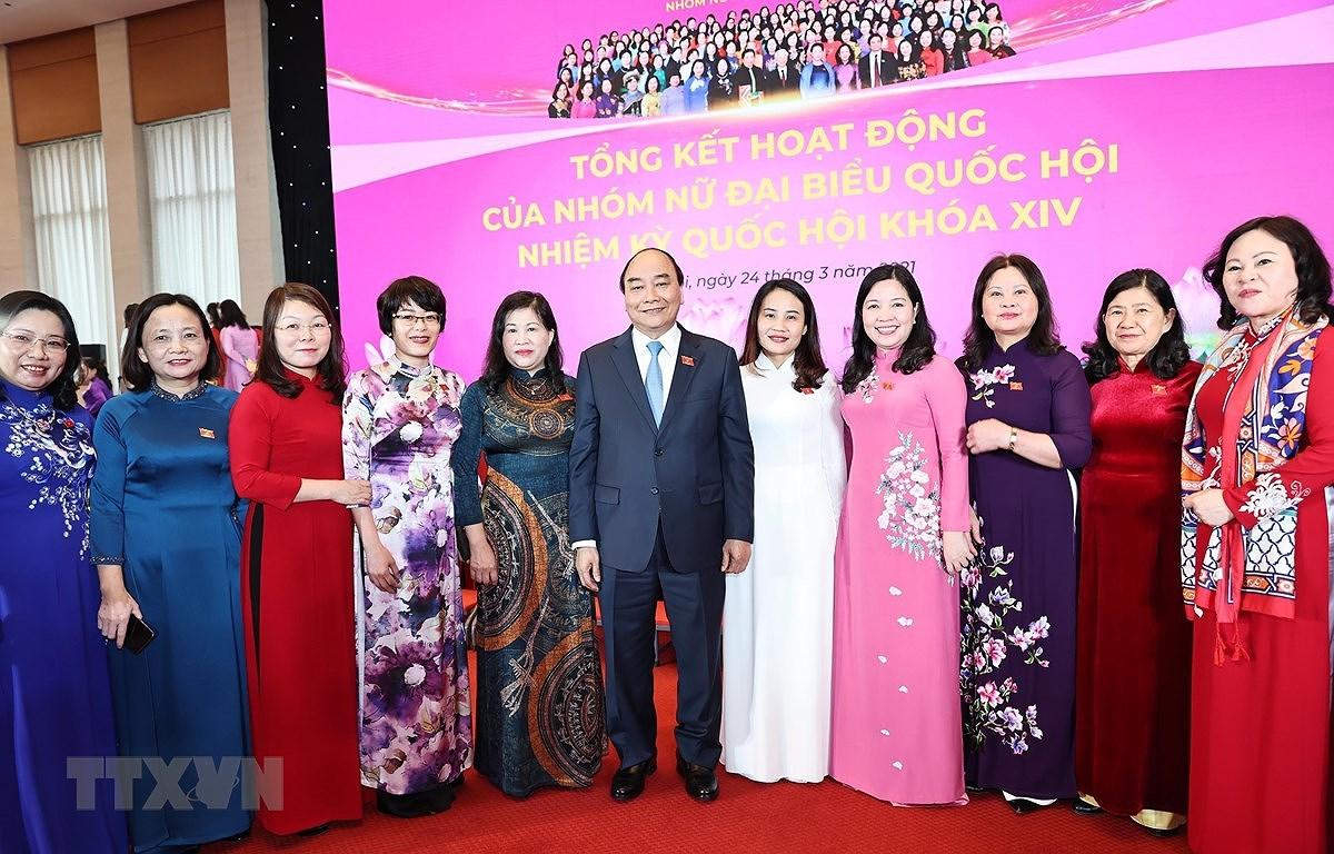 Bau cu Quoc hoi va Hoi dong Nhan dan: Binh dang gioi ve thuc chat hinh anh 2
