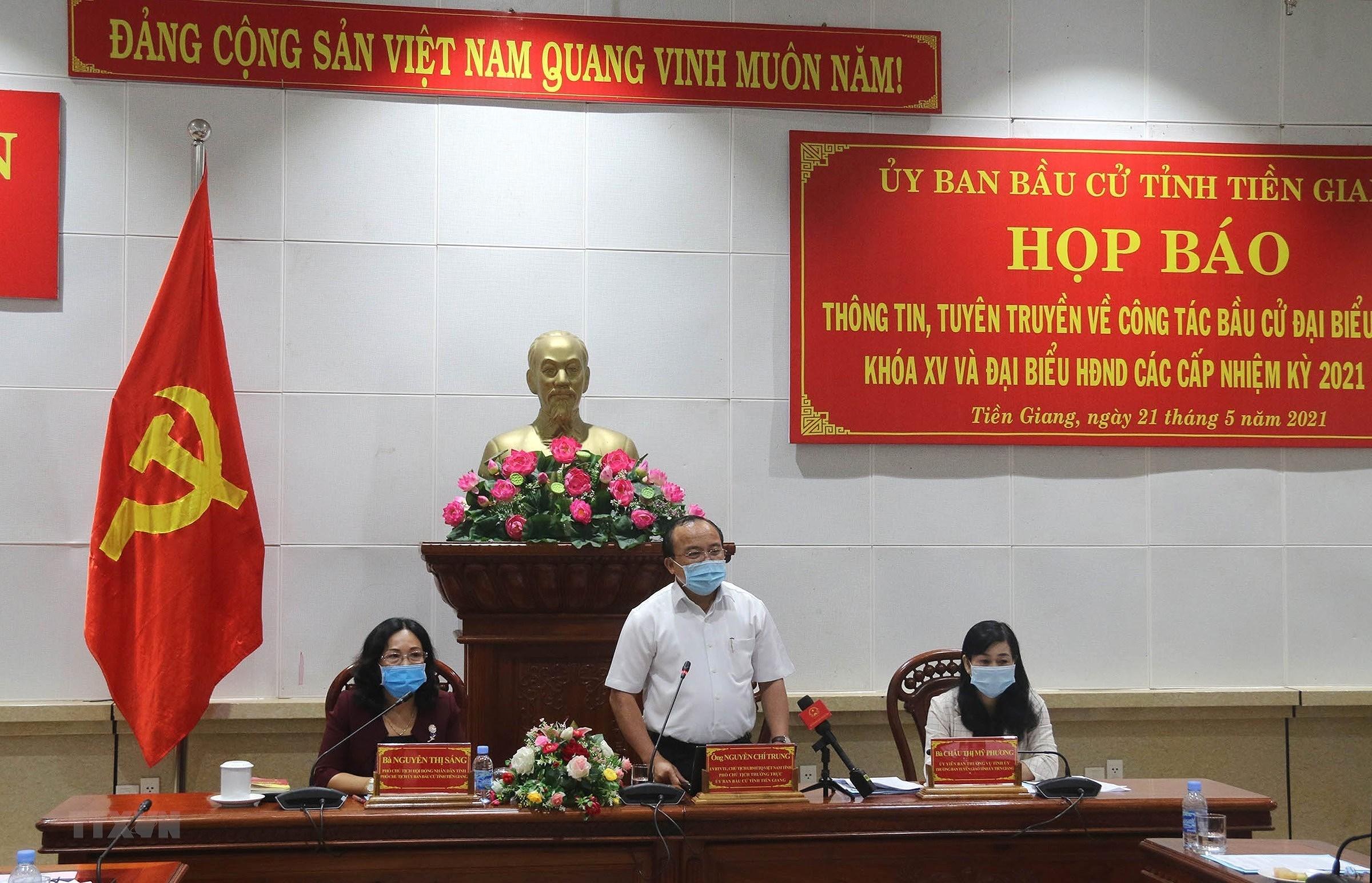 [Photo] Cao Bang, Dong Nai, Tien Giang san sang cho ngay hoi bau cu hinh anh 10