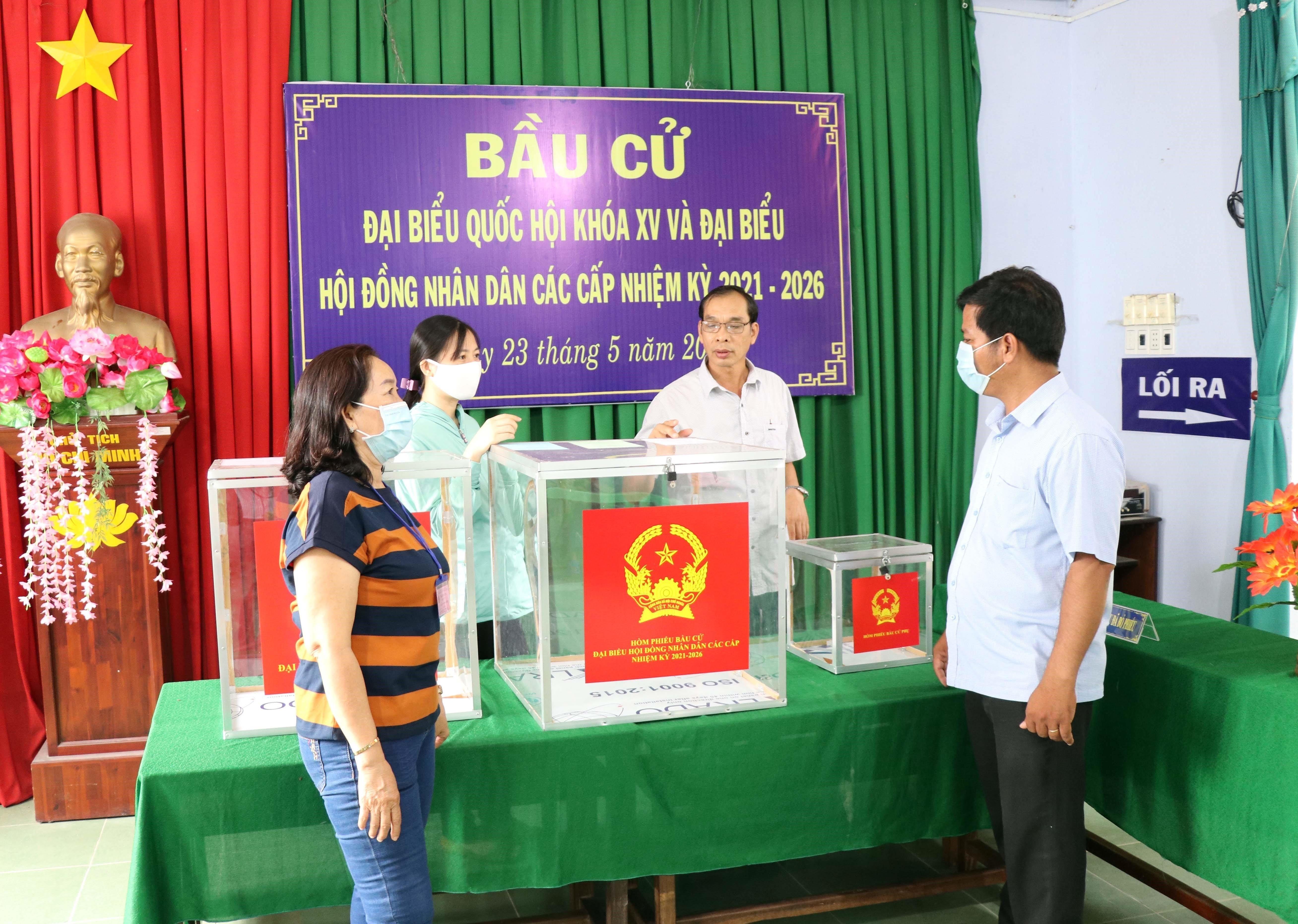 Quang Ninh, Gia Lai, Ninh Thuan san sang cho ngay hoi bau cu hinh anh 3