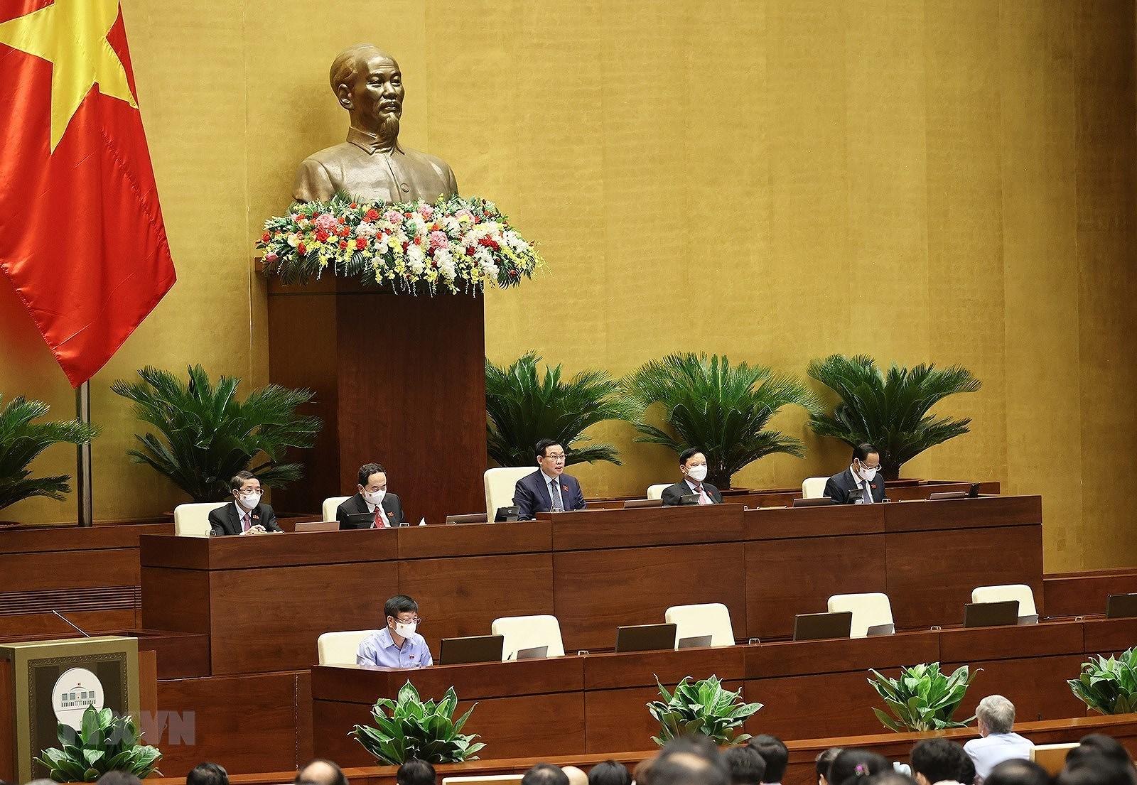QH thong qua Nghi quyet ve co cau to chuc Chinh phu nhiem ky 2021-2026 hinh anh 1
