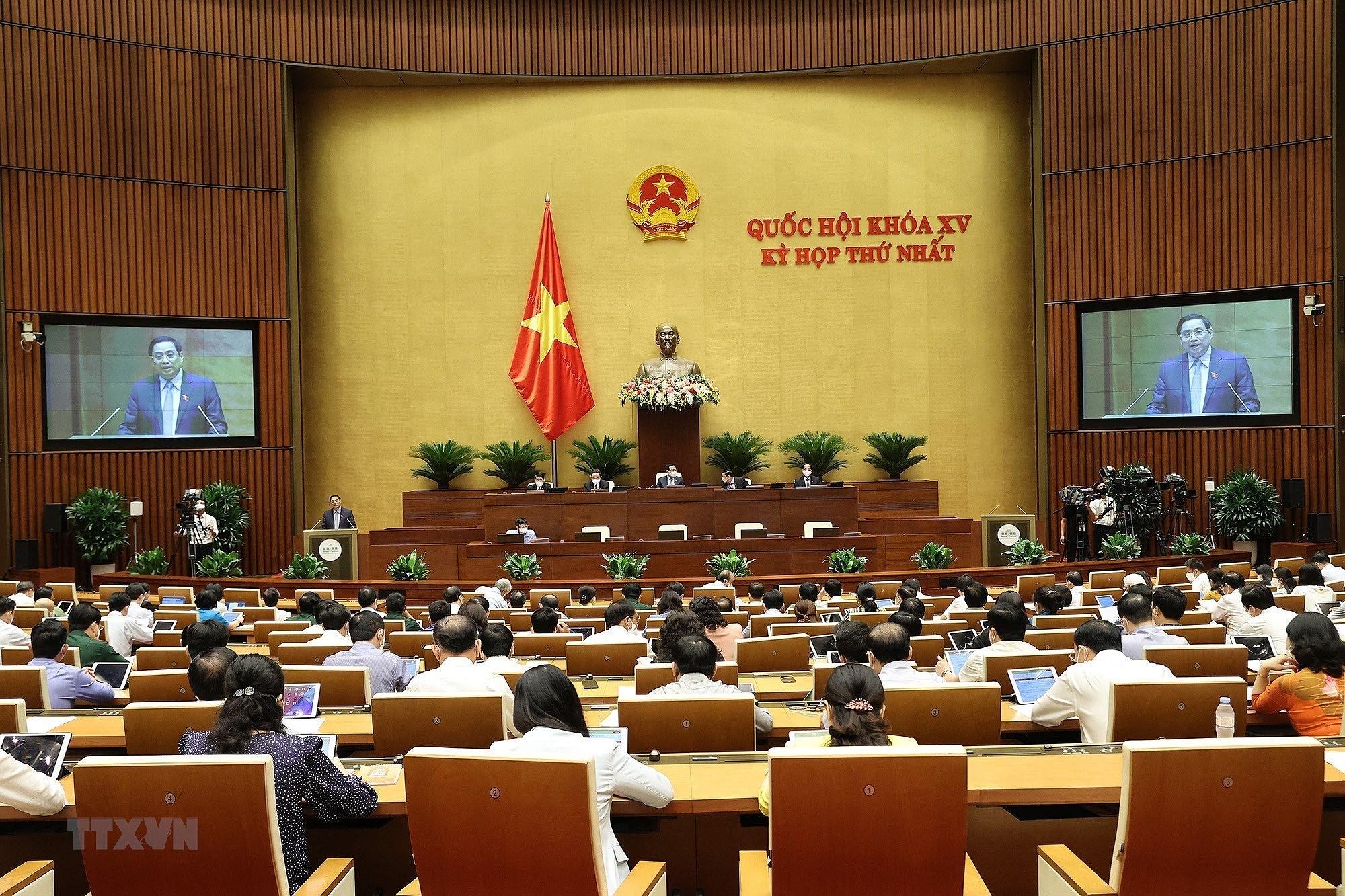 QH thong qua Nghi quyet ve co cau to chuc Chinh phu nhiem ky 2021-2026 hinh anh 5