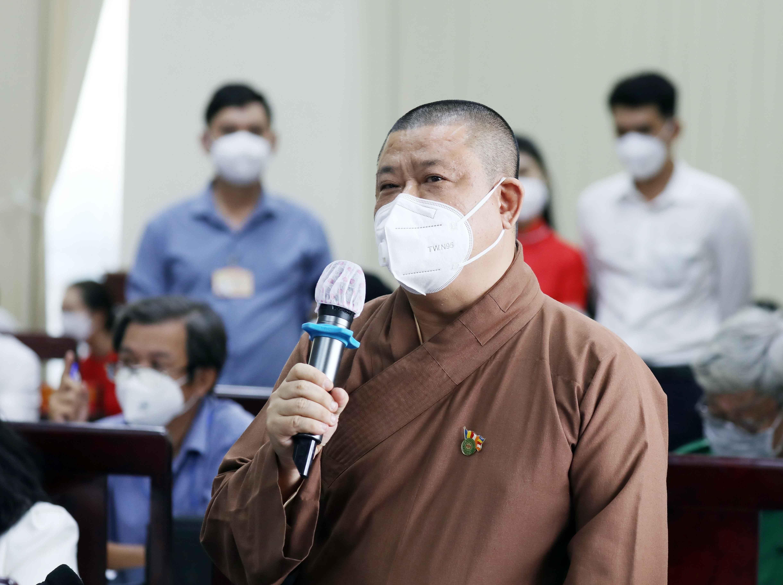 [Photo] Chu tich nuoc Nguyen Xuan Phuc tiep xuc cu tri huyen Hoc Mon hinh anh 5