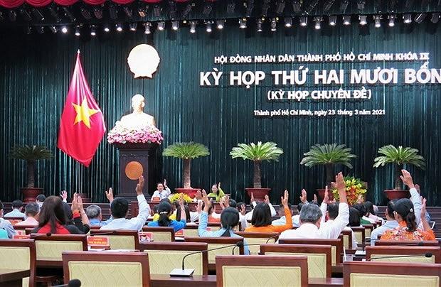 Nhieu diem khac biet trong bau cu o Ha Noi, Da Nang va TP Ho Chi Minh hinh anh 2