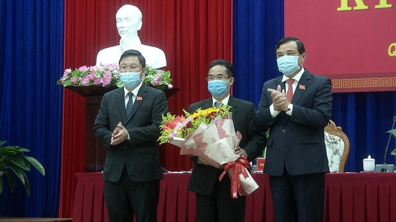 Chanh Van phong UBND tinh Quang Nam giu chuc Pho Chu tich tinh hinh anh 1