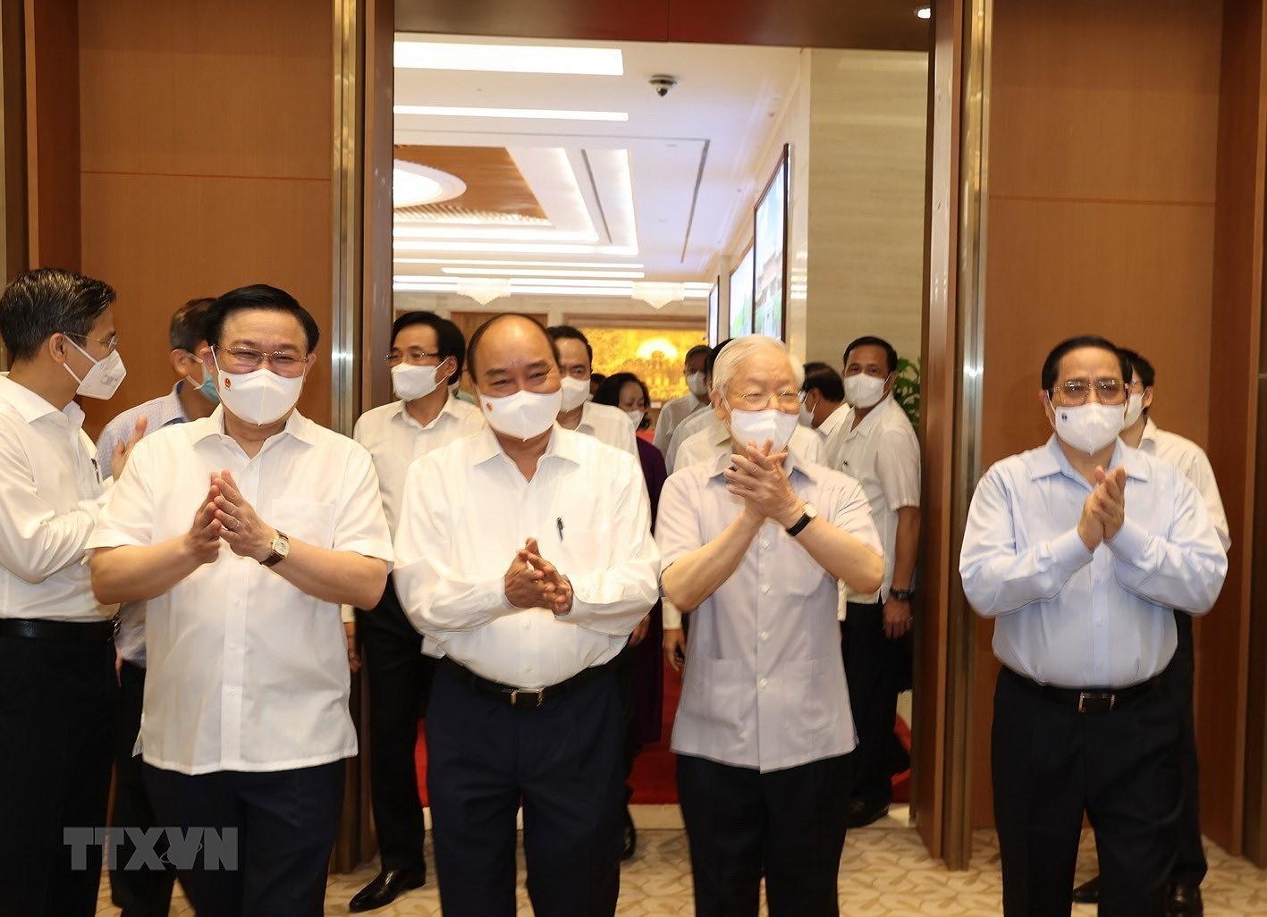 Tong Bi thu du Phien hop dau tien cua Chinh phu nhiem ky 2021-2026 hinh anh 4