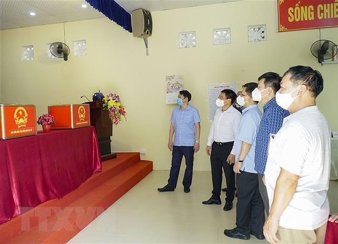 Dien Bien, Ninh Binh bao dam an toan phong dich cho Ngay hoi bau cu hinh anh 2