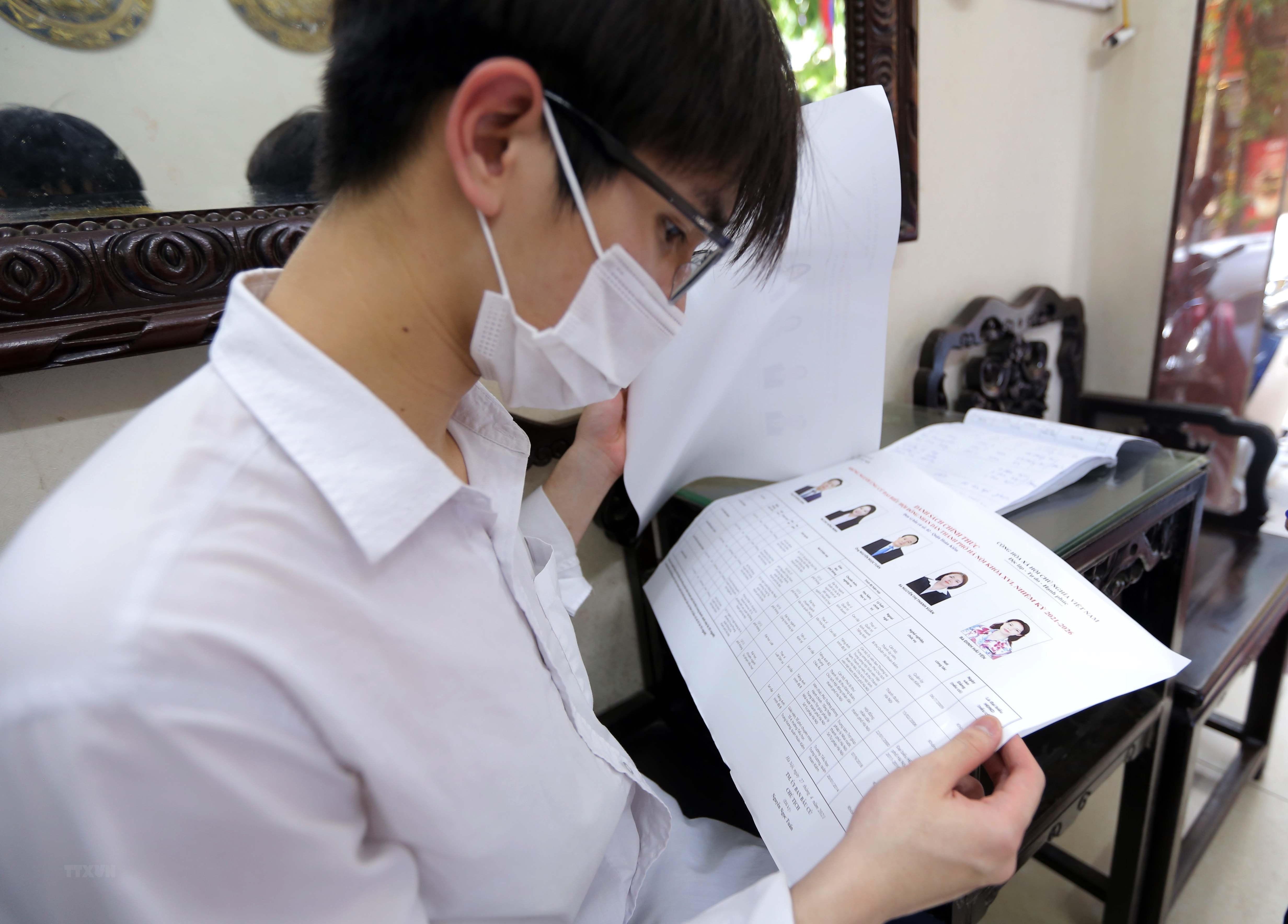 [Photo] Ha Noi chuan bi san sang cho ngay bau cu Quoc hoi hinh anh 8
