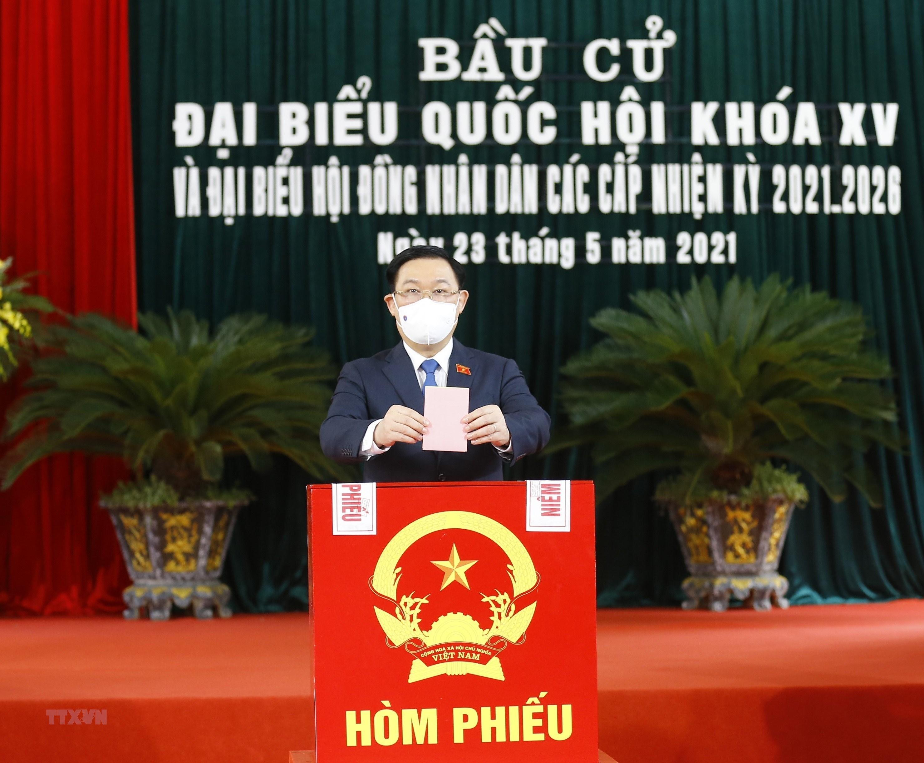 """""""Bau cu tai Viet Nam giup tang cuong hon nua quan he hop tac voi Nga"""" hinh anh 1"""