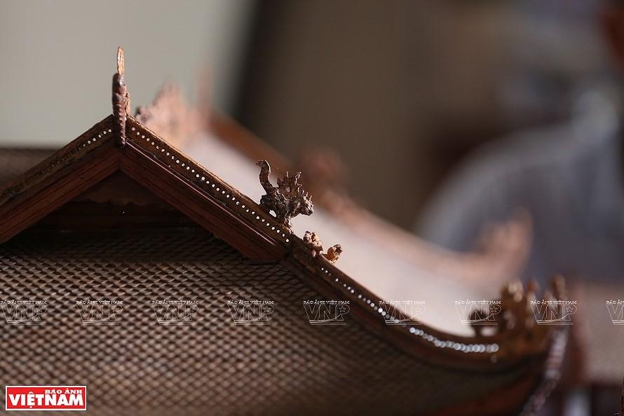 组图:越南最小的东京油楠村亭模型 hinh anh 7