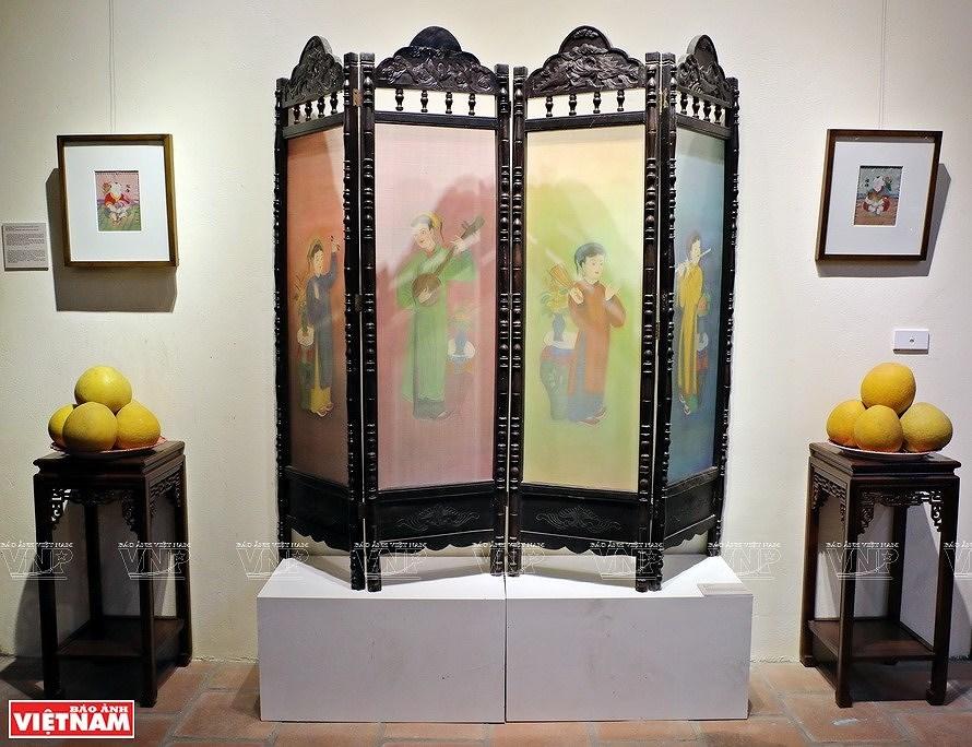 Reviving Hang Trong folk paintings from traditional materials hinh anh 8