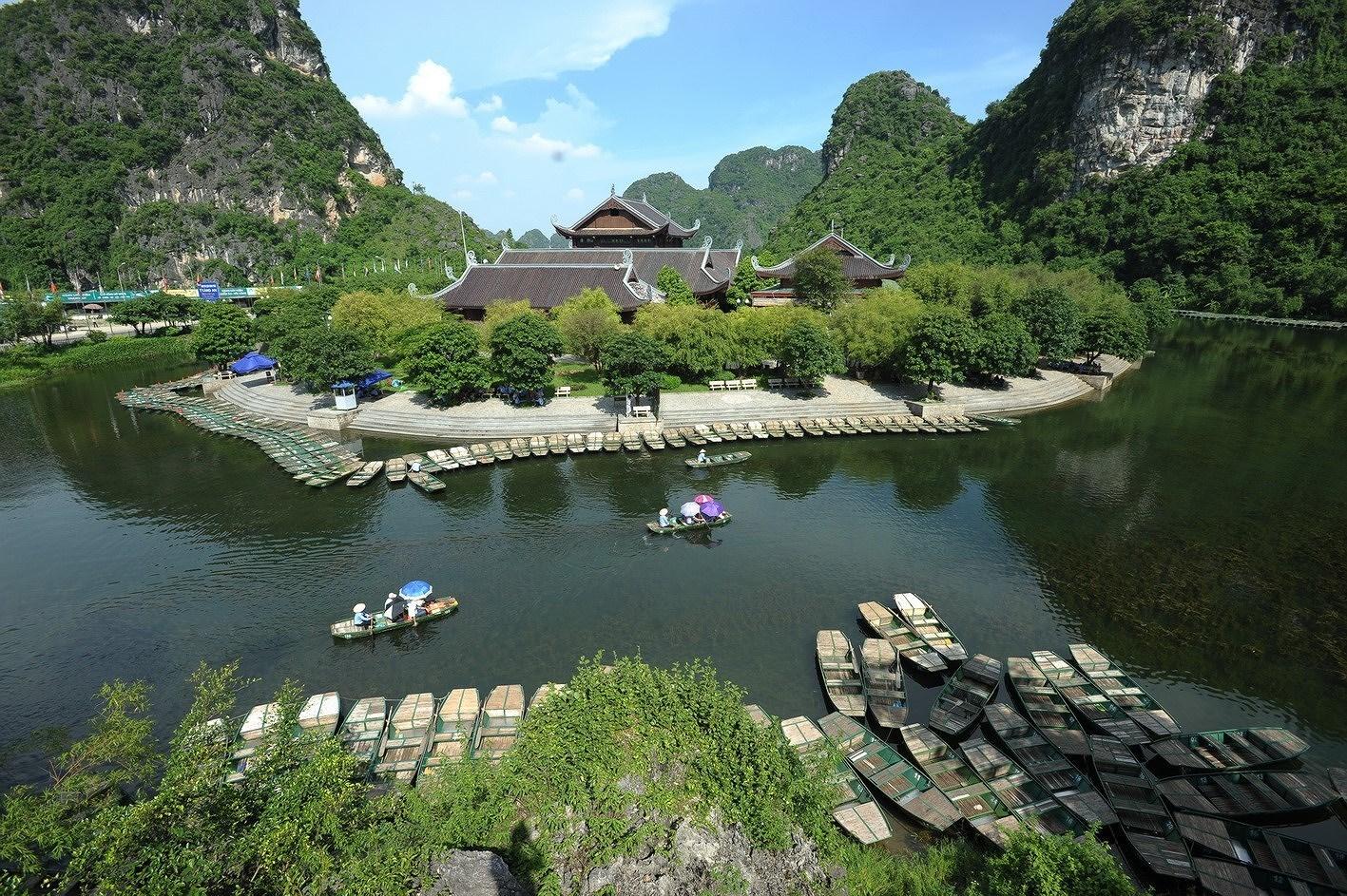 Ninh Binh – a tourist magnet hinh anh 2