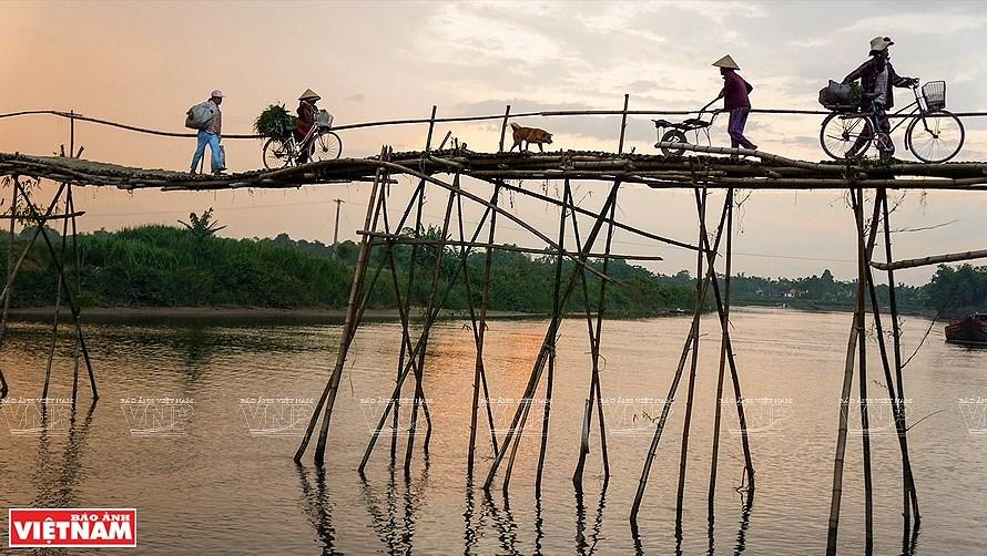 Vietnam through lens of female photographers hinh anh 2