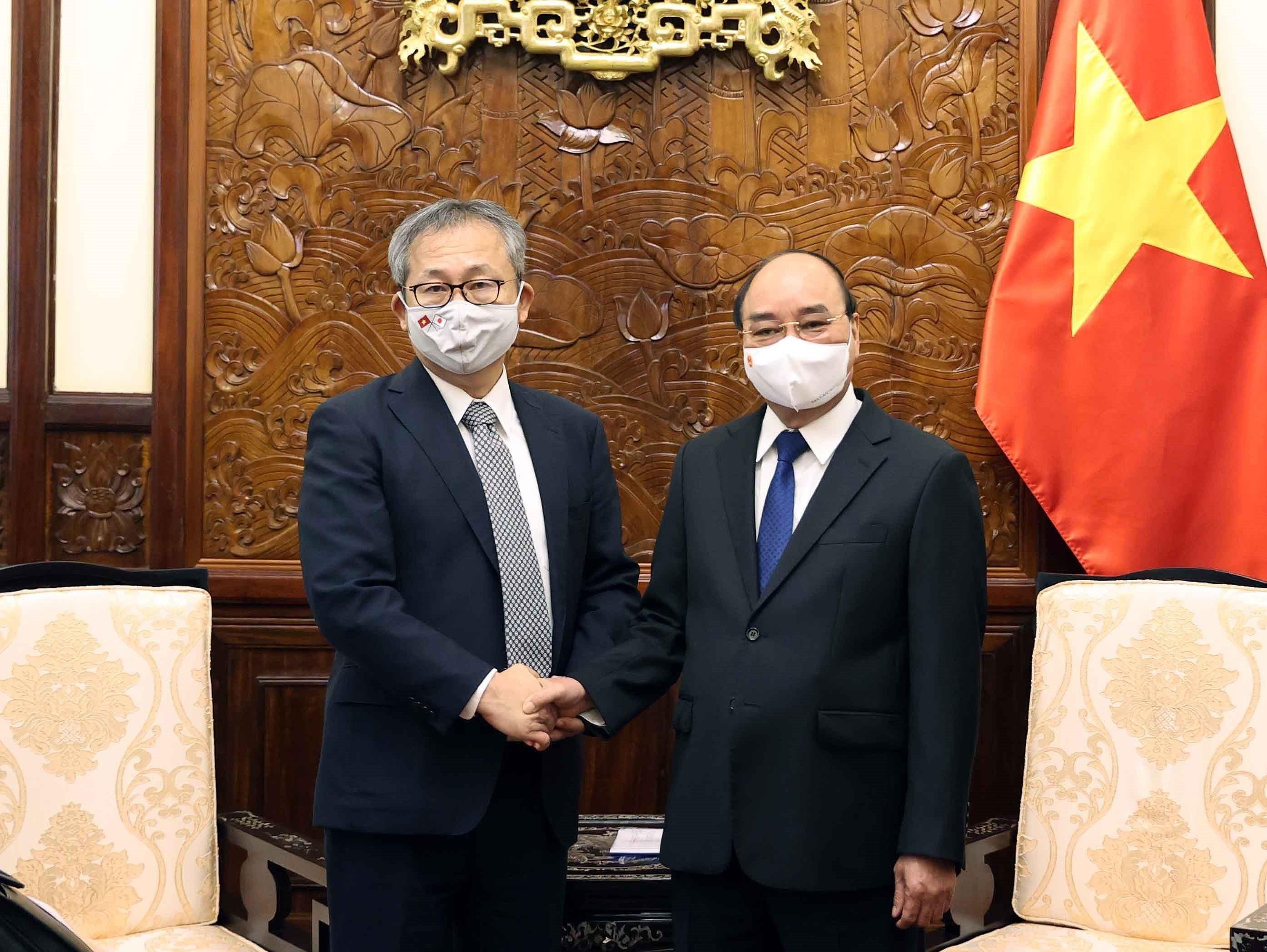 President Nguyen Xuan Phuc receives Japanese Ambassador hinh anh 1