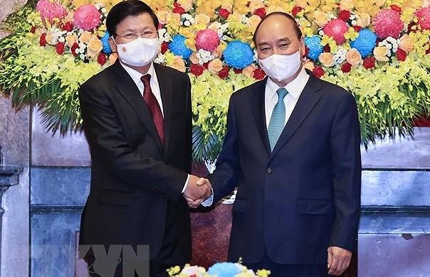 Top Lao leader's Vietnam visit – historical milestone in bilateral ties hinh anh 1