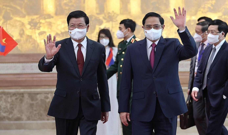 Top Lao leader's Vietnam visit – historical milestone in bilateral ties hinh anh 2