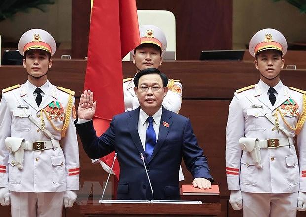 Top Cambodian legislator congratulates Vietnamese NA Chairman hinh anh 1