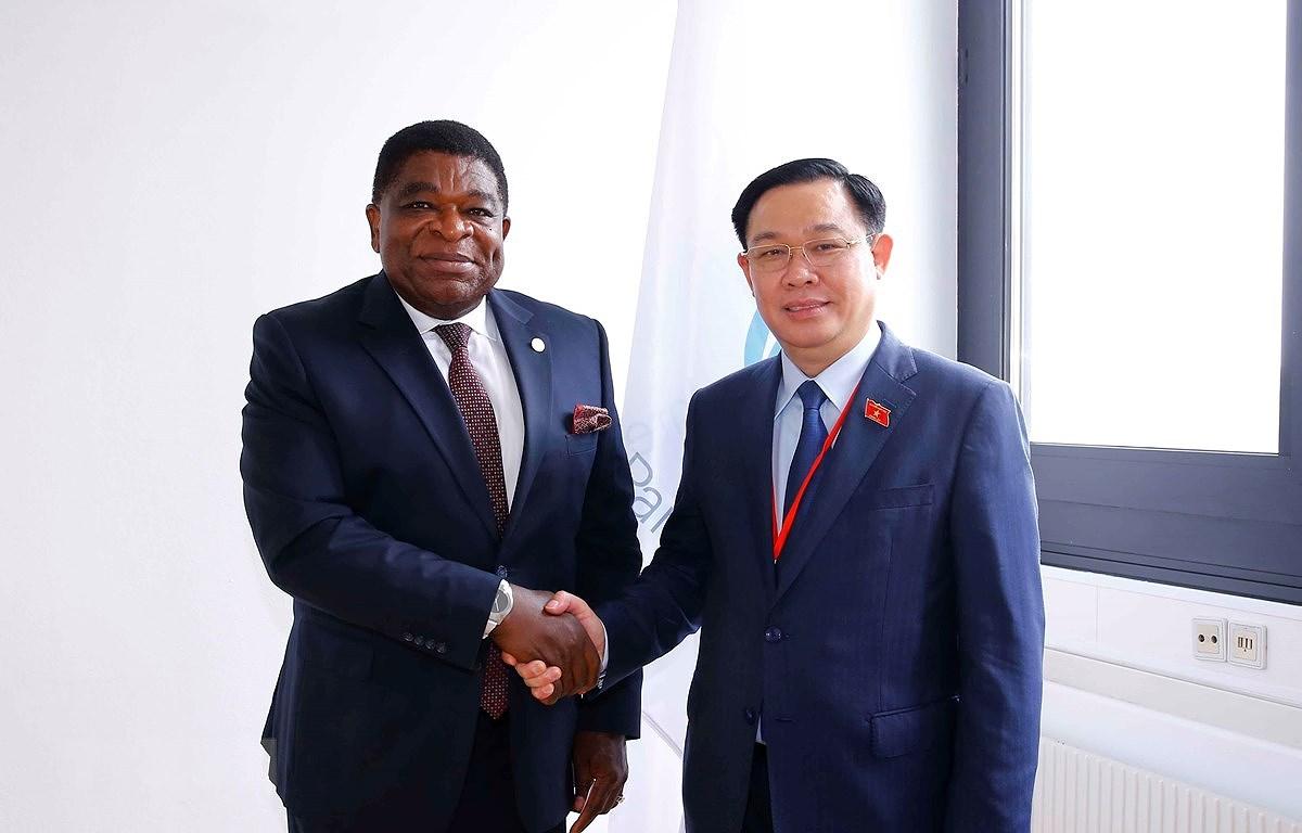 NA Chairman receives IPU Secretary General hinh anh 1