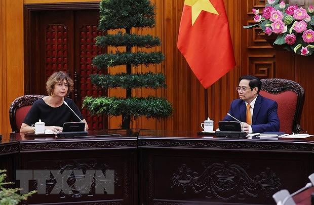 PM Pham Minh Chinh hosts Dutch Ambassador to Vietnam hinh anh 1