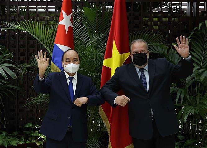 Cuban media spotlight President Nguyen Xuan Phuc's visit hinh anh 2
