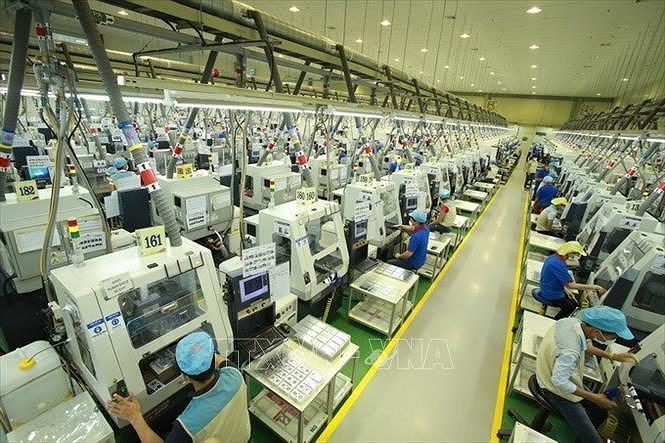 Vietnam ranks high on economic performance in region: website hinh anh 1