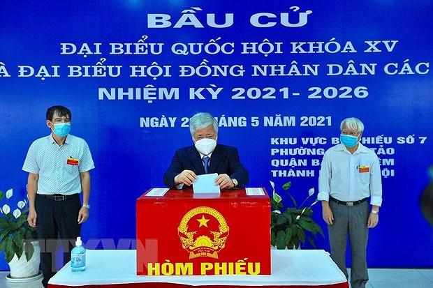Les Vietnamiens votent pour les 15es legislatives hinh anh 1