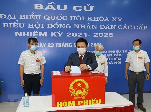 Les Vietnamiens votent pour les 15es legislatives hinh anh 2