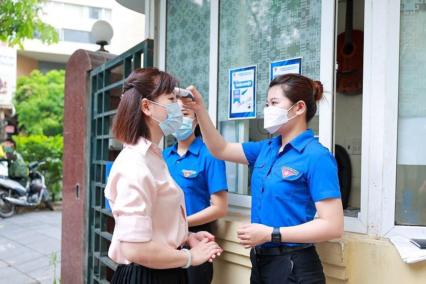 Les jeunes de Hanoi appliquent les TI au service des elections legislatives hinh anh 5