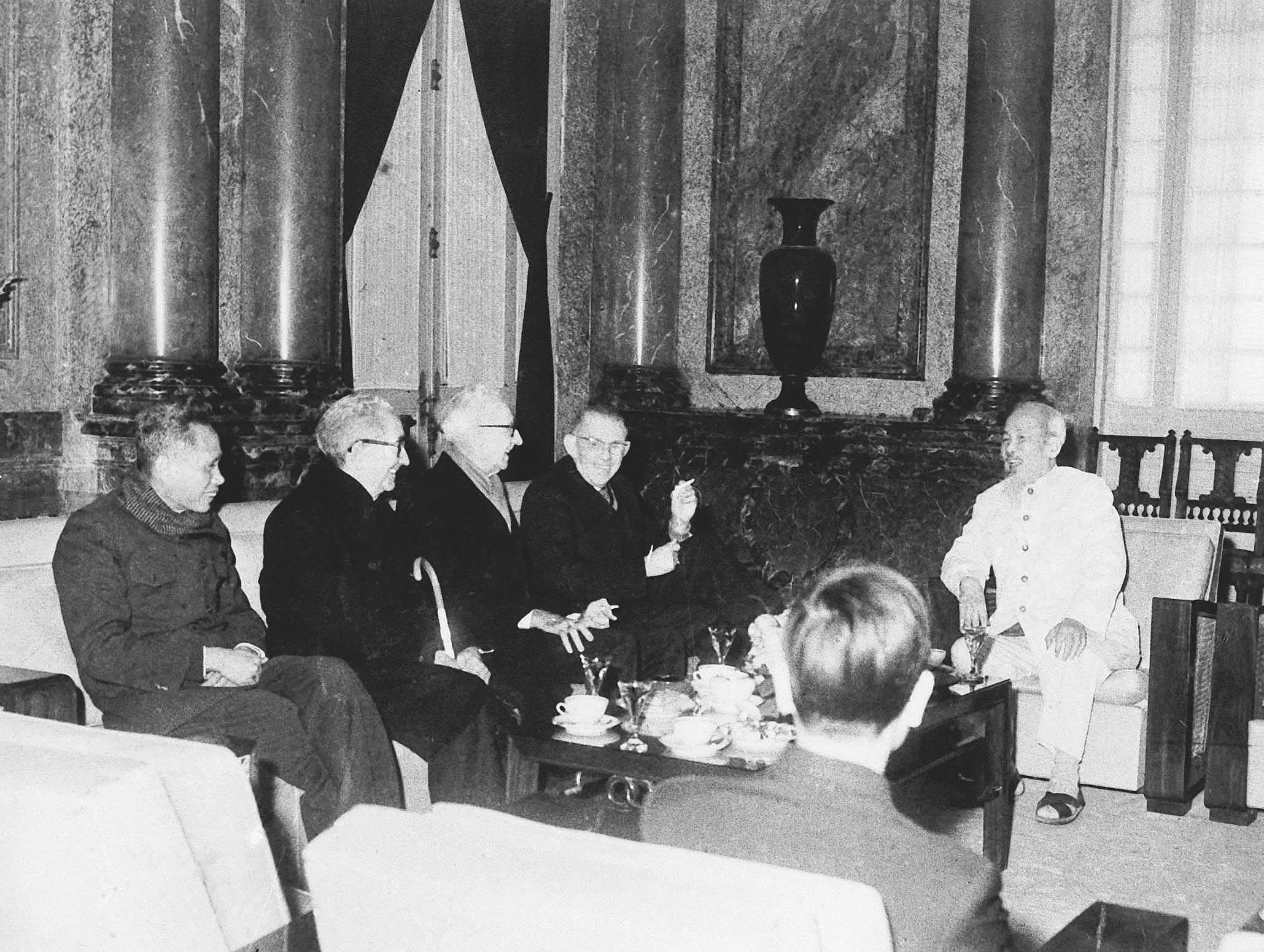 L'ere Ho Chi Minh - epoque la plus brillante de l'histoire de la nation vietnamienne hinh anh 19
